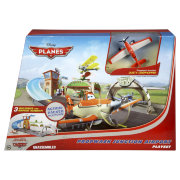 Игровой набор 'Аэропорт 'Propwash Junction' с Dusty Crophopper', Planes, Mattel [Y0995]